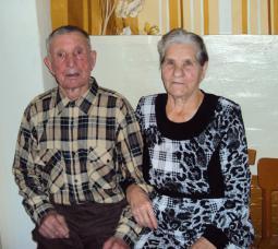 Супруги Агапитовы.