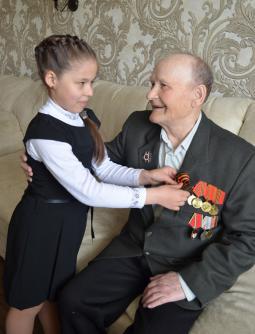 Ветеран с Настей Исправниковой.