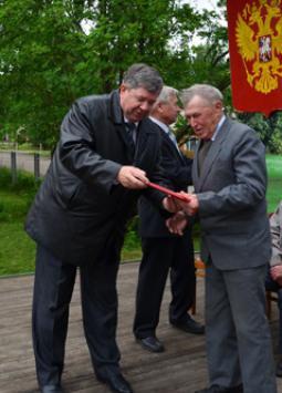 Депутат ОЗС А.А. Маликов и В.П. Соломин
