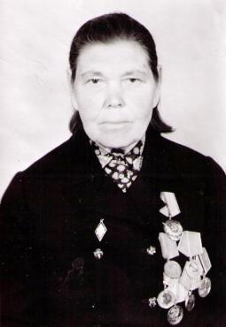 4. Л.А. Мосунова – учитель Пижанской средней школы