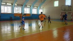 Играют команды из Обухова и Пижанки.