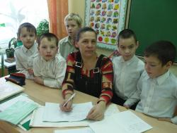 Г.Н. Домрачева с учениками.