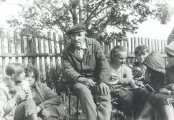 Е.В. Журавлёв с ижевскими учениками.