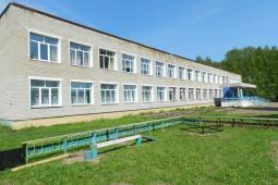 Школа д. Мари-Ошаево.