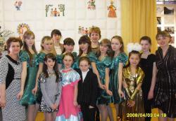Учащиеся и преподаватели школы искусств п. Пижанка.