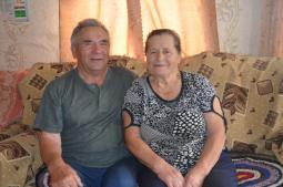 Супруги Сусловы.