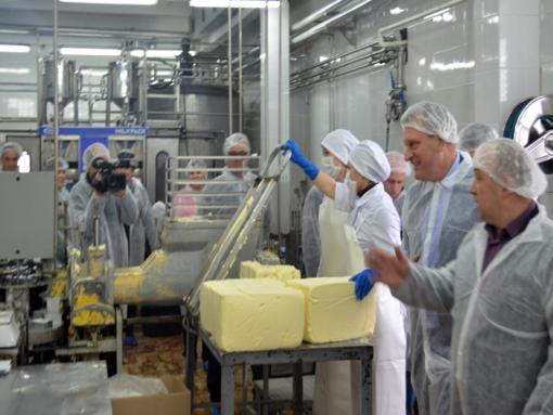На «Лактисе». Производство сливочного масла.