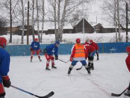 Хоккей в с. Воя.
