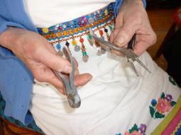 Инструменты для изготовления цепочки.