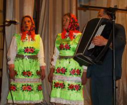 Дуэт Л. Кутюковой и Н. Краевой. Безводнинский ДК.