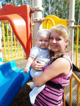 Анастасия Стрельникова с сыном Никитой.