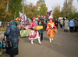 На Богородской ярмарке.